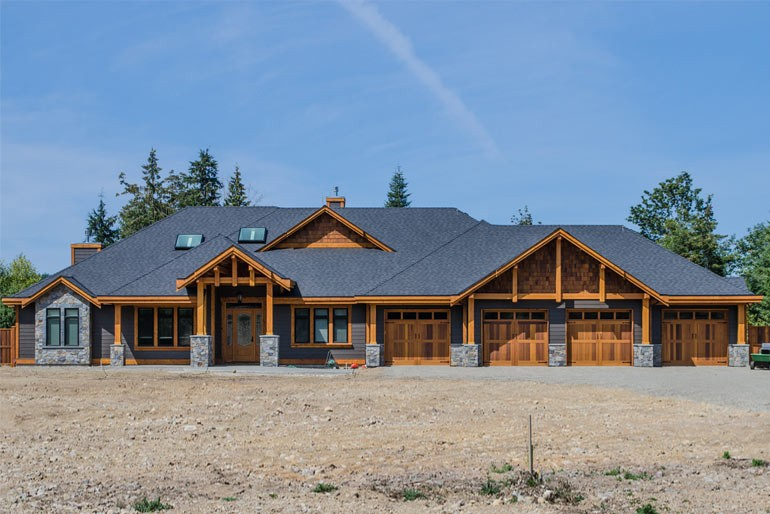 01-Residential-Timberframe-05-01-Rivers-Edge-Home