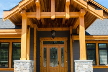 01-Residential-Timberframe-05-03-Rivers-Edge-Home
